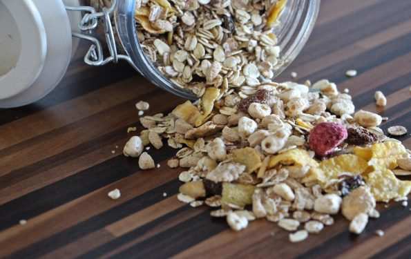 Lunchbox Muesli Slice NO BUTTER OR BAD SUGARS!